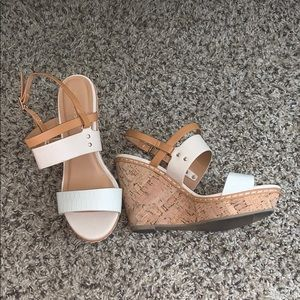 Brown Cream and White Wedges